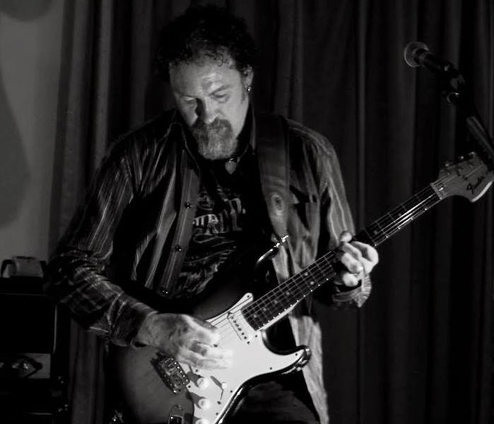 Dom Winter RGT Registered guitar teacher based in Stratford-upon-Avon
