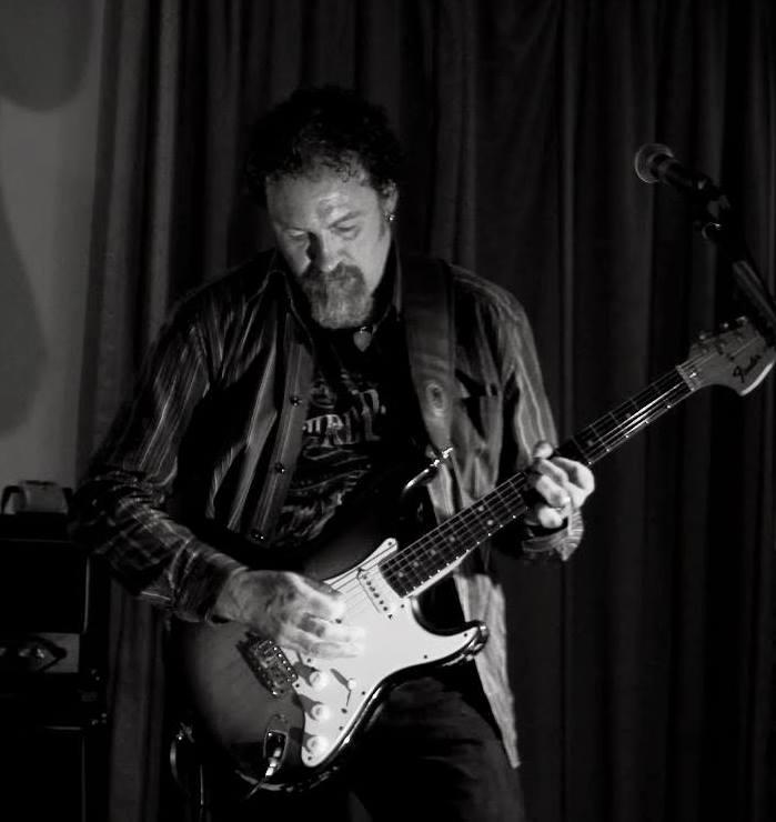 Dom Winter Guitar Teacher
